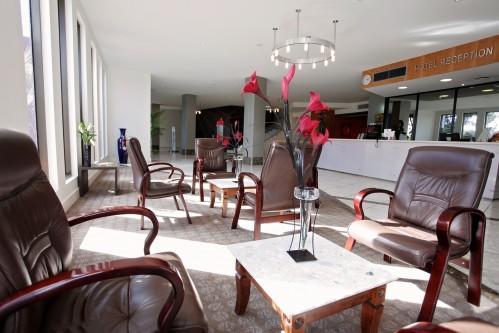Golden Pebble Hotel – Reception